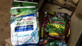 Scotts Turf Builder Grass Seed:  Seeding a thin lawn PART 1 or 4